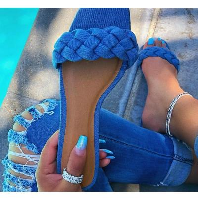New Fashion Women Shoes Flat Bottom Twist Women Slippers 2020 Summer Casual Simple Outdoor Sandals Plus Size