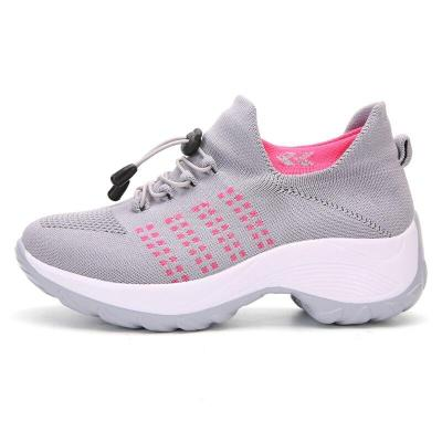 Women Casual Sneakers Fashionable Vulcanize Shoes Platform Spring Running Sport Sneakers Breathable Large Size Shoes