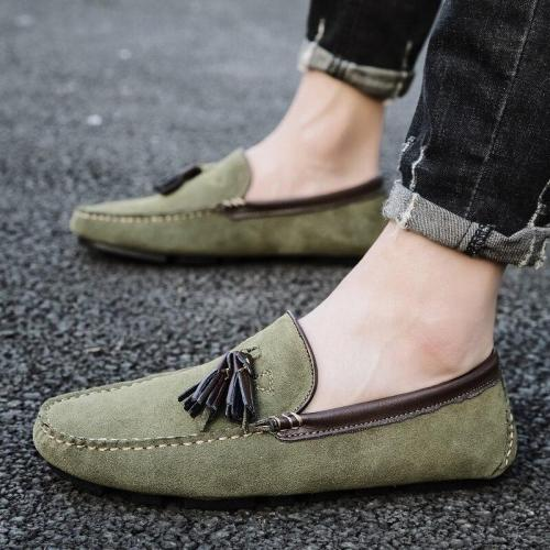 Fashion Tassel Soft Moccasins Men Loafers Suede Leather Shoes Flats Driving Shoes Casual Slip On Shoes