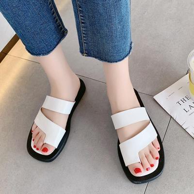 Casual Clip-toe Beach Slippers Women Vintage Snakeskin Low Heel Sandals Woman Leather Flip Flops