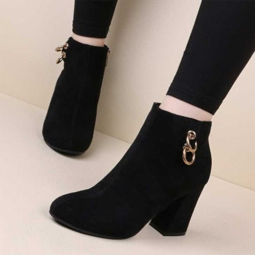 Women Flock Ankle Boots Pumps Ankle Autumn Ladies Shoes Zipper Chain High Heels Pointed Toe Plus Size Fashion Shoe Plush