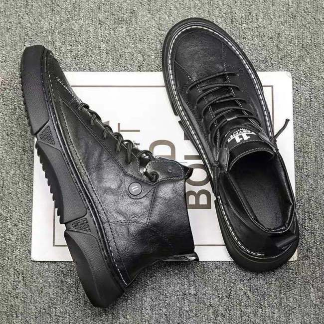 Men Leather Boots Winter  Plush Fashion Man Rubber Ankle Boots