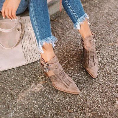 Women Walking Shoes Pointed Toe PU Fashion Sexy PU Leather Boots