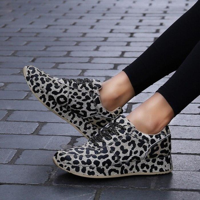 Women Flats Shoes Lace Up Plus Size Sneakers Sports Vintage