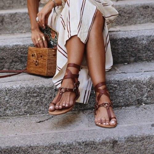 Open Toe Women Flat Sandals Sexy Cross Strappy Ladies Shoes Summer Ankle Strap Roman Beach Sandals Big Size Flip Flops Du5481