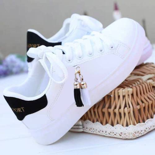 Mesh white shoes ladies fashion breathable shoes students Korean casual shoes sports shoes flat shoes womens shoes