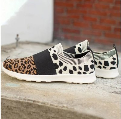 Sneakers Women Shoes New Fashion Lightweight Knitted Casual Shoes Woman Breathable Mesh Shoes Female Leopard Tenis Feminino