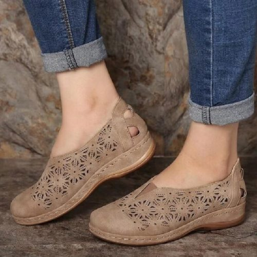 New Woman Leather Vintage Sandals Female Hollow Out Wedges Platform Shoes Plus Size Women Summer Slip On Retro Moccasins Sandals