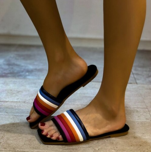 Breathable Slippers Summer Sandals Female Flats Shoes Beach Woman Wholesale New Fashion Shoes