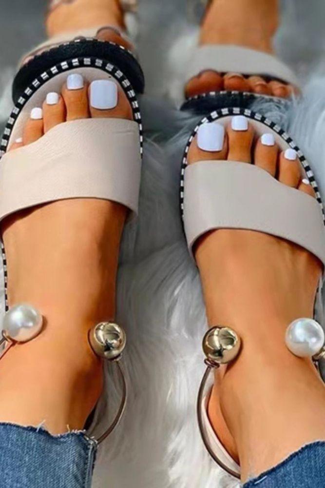 Women Rivet Sandals 2021 Summer Woman Pearl Metal Decoration Flat Ladies Non Slip Footwear Female Slip On Casual Shoes Plus Size