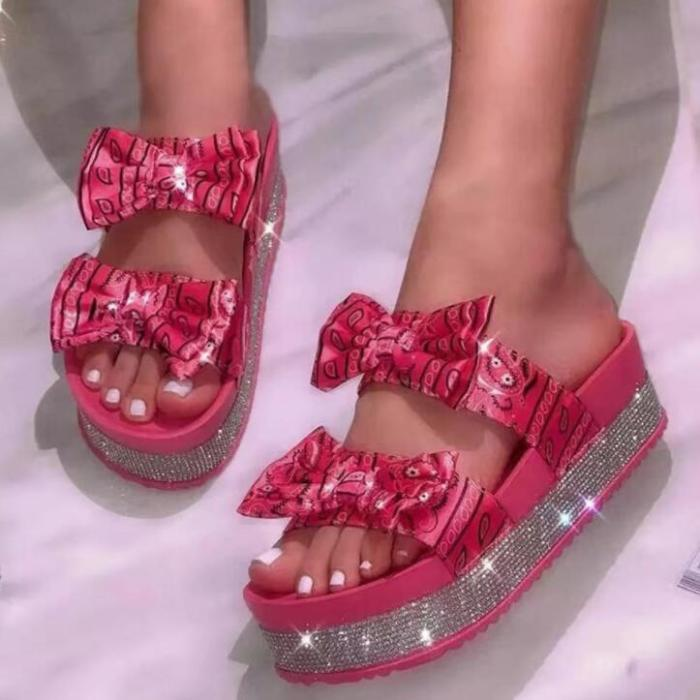 Large size bow sandals 2021 women new thick-soled mid-heel rhinestone satin slippers outdoor wild beach ms flip flop 36-43