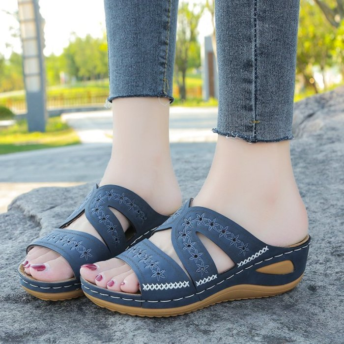Women Sandals Cut Out Wedge Sandals Women Platform Shoes Fashion Ethnic Flat Shoes Female Slippers Outdoor Sandalias Muje 2021