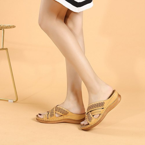 Summer retro embroidered women's sandals non-slip wedges soft leather lightweight and comfortable women's slippers plus size 43