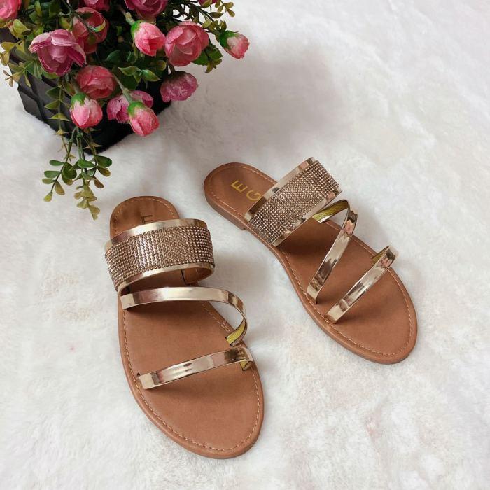 2021 Summer Women Platform Sandals Crystal Shiny Slippers Slip-On Ladies Fashion Outdoor Holiday Slides Designer Slides