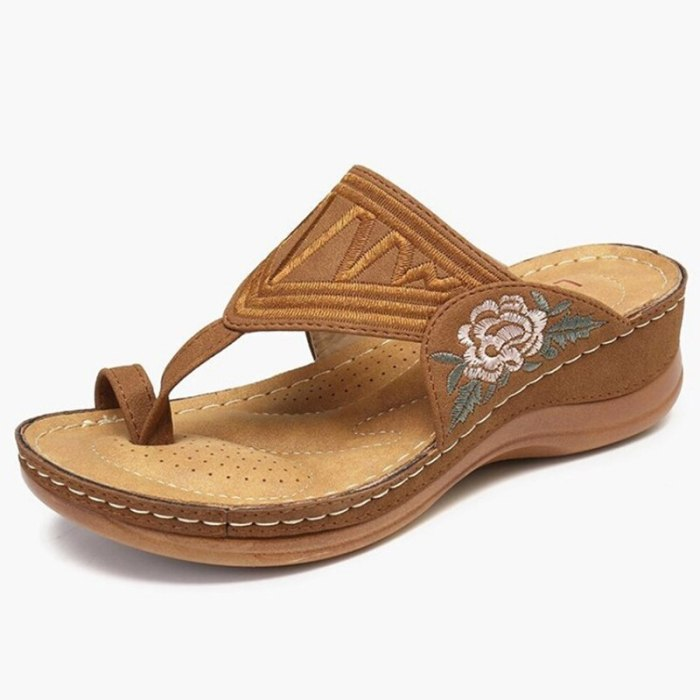 Women Sandals New Women Heels Sandals Bohemia Summer Shoes Flower Woman Flip Flops Beach Sandalias Mujer Wedges Shoes Female