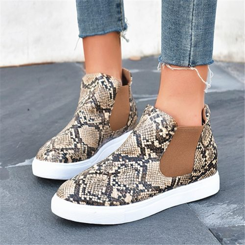 Flat short boots women 2021 new comfortable leopard casual round head wild large size women's boots