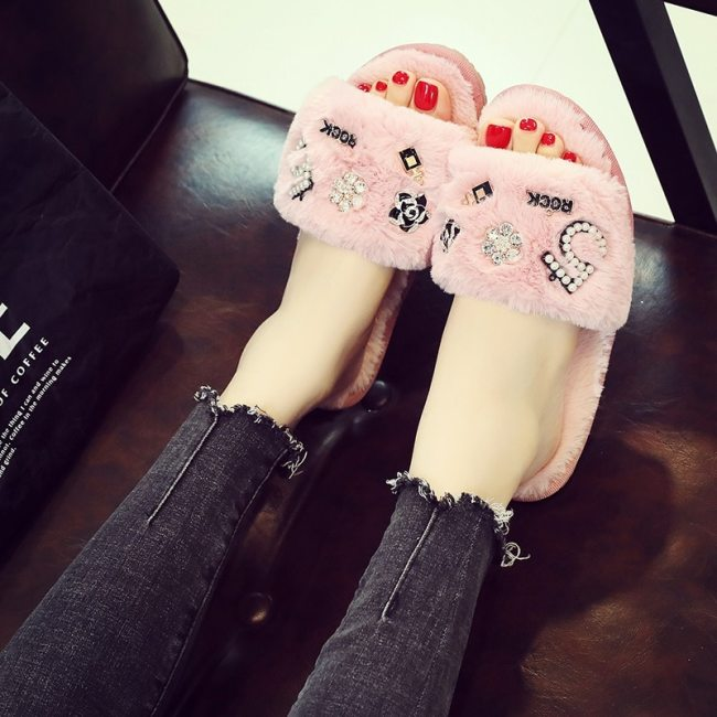 Winter Women house Slippers Home Shoes 2020 Faux Fur Fashion Warm Shoes Woman Slip on Flats Slides  indoor slippers Size 35-40
