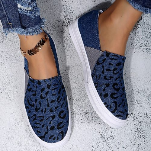 Canvas Shoes Women 2021 New Fashion Leopard Thick  Flat Thcik  Vulcanized Shoes Spring Summer Slip on Dot Pattern Loafers Hot