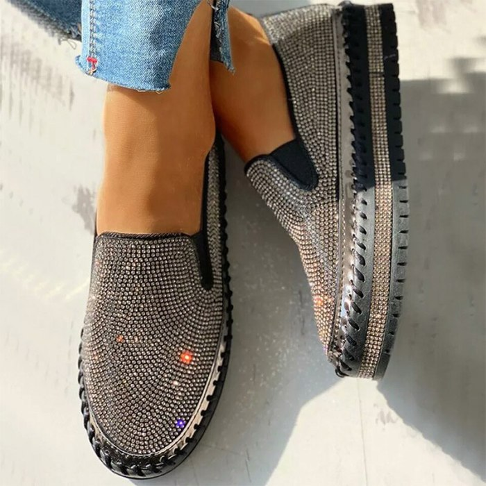 Women Glitter Shoes Ladies Bling Crystal Loafers Platform Women's Flats Autumn Slip-on Woman Causal Female Fashion New 2021