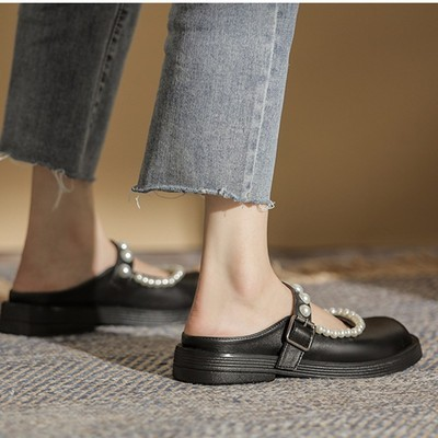 2021 New Autumn PU Leather Fashion Slippers Women Shoes Round Toe Buckle Pearl Comfortable Flat Shoes Women's Casual Slippers