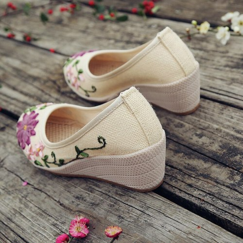 Old Beijing Cloth Shoes Embroidered Women's Shoes Ox Tendon Bottom Slope Heel National Style Women's Linen Cotton Hemp New Style