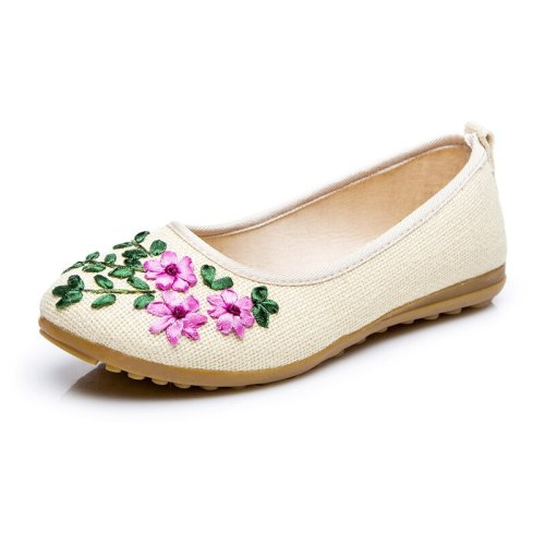 Spring Handmand Embroidered Women's Ballet Flats Retro Casual Shallow Shoes Woman  Casual Flower Platform Footwear 2020
