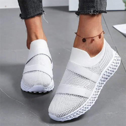 Larged-Size Flats 2021 Spring New Slip On Breathable Comfy Ladies Casual Shoes Outdoor Running Walking Women Trendy Sneakers