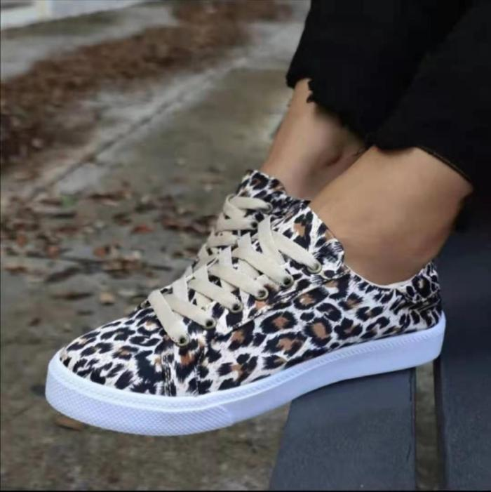 Fashion Sneakers Women Casual Shoes Spring Summer Canvas Flats Ladies Plaid Mocassin Femme Basket Black Leopard