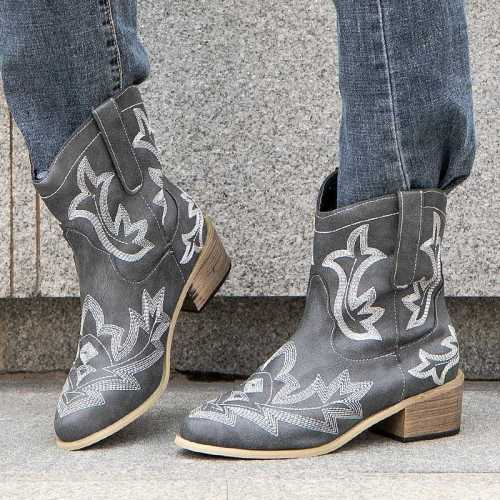 2021 Autumn and Winter Women Fashion Pu Embroidered Square Heel Pointed Middle Tube Western Boots Are Comfortable and Hot