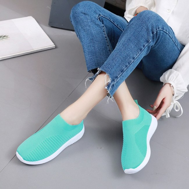 Women Outdoor Mesh Shoes Casual Lace Up Comfortable Soles Running Sport Ladies Slip On Breathable Casual Walking Shoe