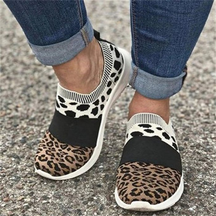 Leopard Flats 2021 Autumn Breathable Soft Women Trendy Sneakers 35-43 Large Size Female Running Walking Casual Shoes