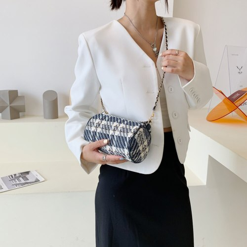 Women's Shoulder Bag Trend 2021 Plaid Printing Handbag Woolen Cloth Cylindrical Shoulder Crossbody Bag Ladies Chain Mini Purse