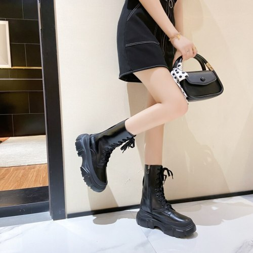 2021 New Vogue Trend Comfortable Breathable  Fried Street Boots Women Ins  British Style Thick-soled Mid-tube Boots Ankle  Boots