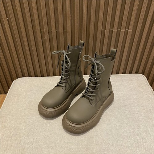 New Winter Fashion Lace-up Women's Leather Boots 2021 Autumn Women Square Toe Thick with Bare Warm Thick Bottom Boots Size