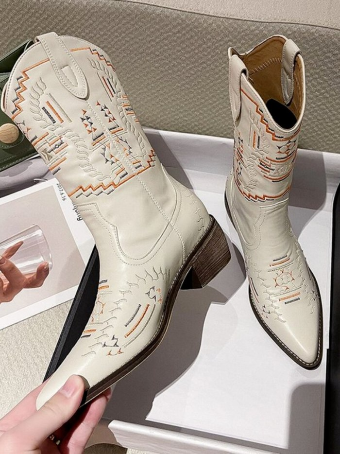 2021 Embroider Women Boots  Heels Retro Knight Boots Female Genuine Botas Western Cowboy Sale Boots
