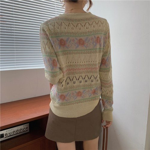 New 2021 Women Autumn Winter Sweater Knitted Oversized Wild Cut Out Floral Fashionable Vintage Pullovers Tops