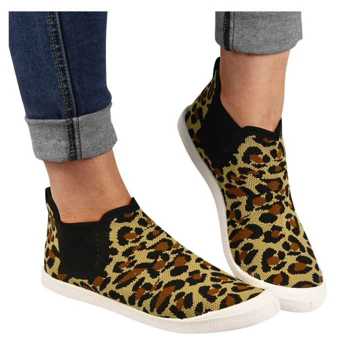 Fashion Women's Casual Shoes Leopard Large Size Breathable Comfortable Slip-on Flats Outdoor Leisure Sneakers Walking Shoes