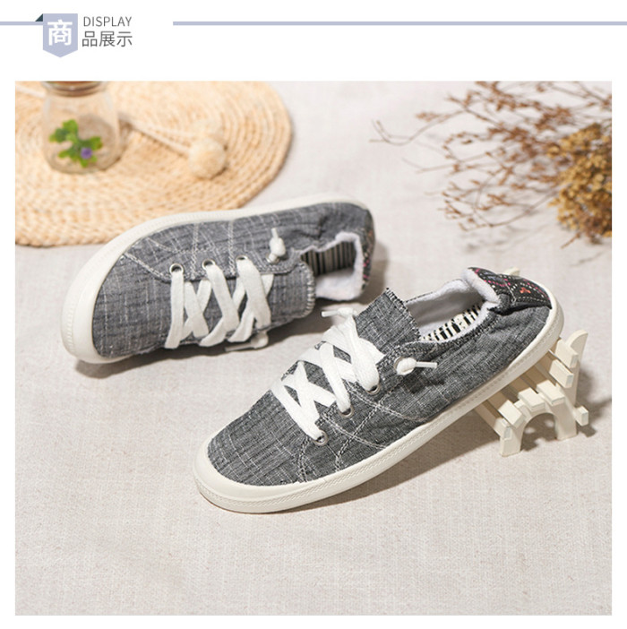 Trendy Canvas Vulcanize Sneakers Casual Flat Heel Soft Fabric Slip on Lazy Handmade Sewing Lightweight Leisure Street Shoes Girl