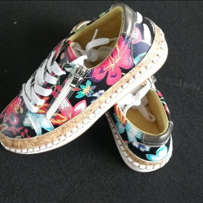 2021 New Spring Printed Flat Shoes New Jogging Shoes Fashion Round Toe Vulcanized Shoes  Women's Shoes Plus Size 43