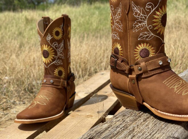 Cowboy Boots For Women Autumn Westerm Boots Retro Booties Women Ladies Shoes Botas