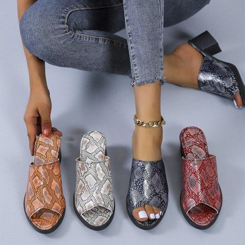 2021 Slippers Women Shoe Summer Women Slippers Fashion 4.5cm Heel Serpentine Slippers Slip On Casual Plus Size 42 43