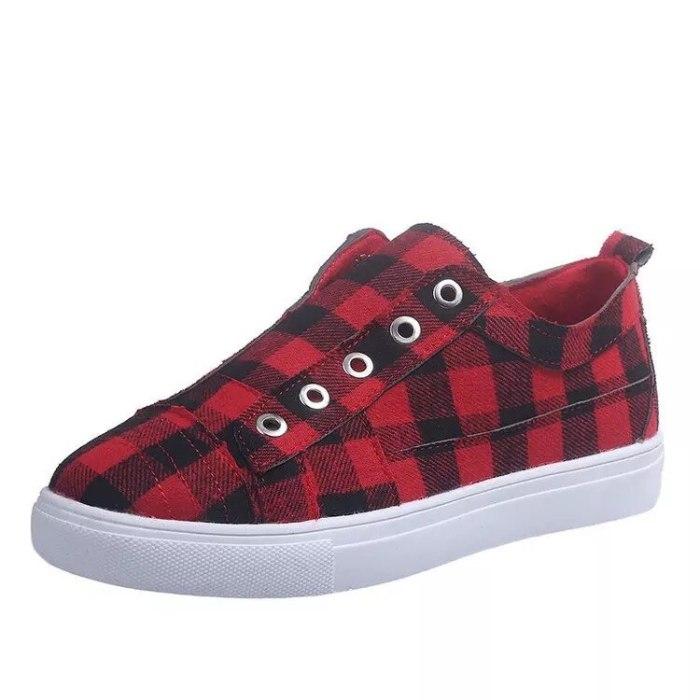 Women's Plaid Canvas Shoes Casual Women Sneakers Woman Vulcanized Shoes Fashion Flat Platform Ladies Slip On Loafers