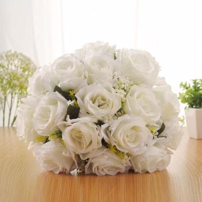 Rural Korean fashion wedding photo simulation holding flowers
