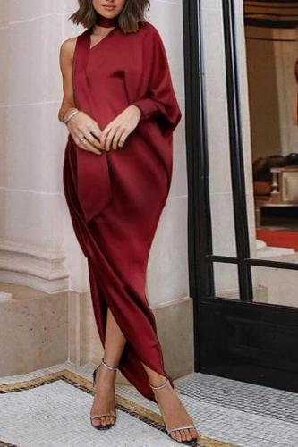 Maternity Single Shoulder Pure Color Side Slit Dress