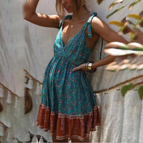 Maternity Open Back Pleated Print Dress