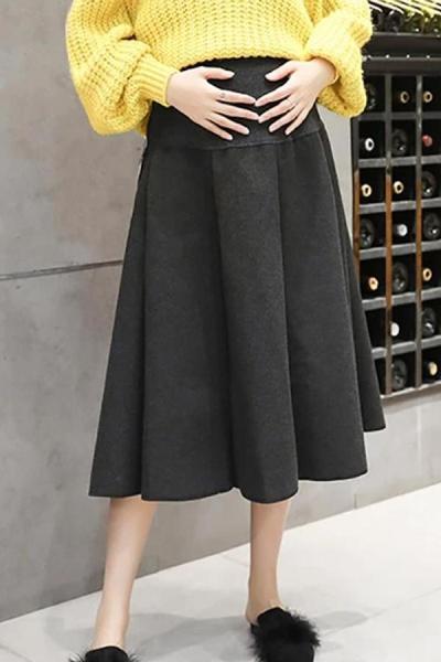 Maternity wear loose versatile hair in a long skirt