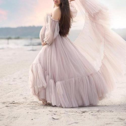 One-neck long-sleeved solid color maternity dress