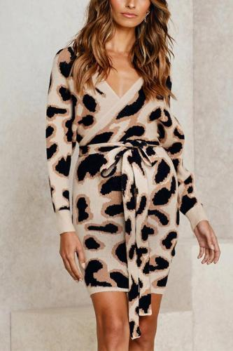 Maternity Fashion Cross V-Neck Leopard Slim Fit Dress