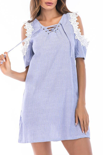 Off-Shoulder Strap Lace Dress
