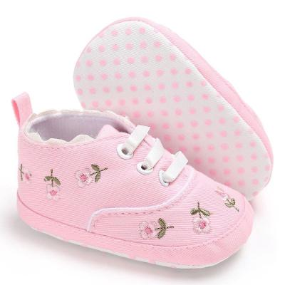 First walk Baby Girl Shoes White Lace Floral Embroidered Soft Crib Shoes Prewalker